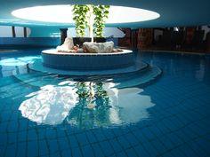 Innentherme Outdoor Decor, Home Decor, Hundertwasser, Bathing, Room Decor, Home Interior Design, Home Decoration, Interior Decorating, Home Improvement
