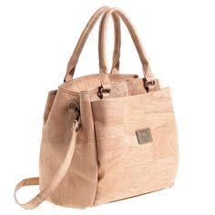 Korktasche «Easy Natural» von Montado – Vegane Kork Handtasche Easy, Personal Style, Laptop Tote, Sustainable Fashion, Pocket Wallet, Handbags, Leather