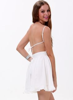 White Spaghetti Strap Backless Pleated Dress  Was: 20.33$ Now: 10.83$