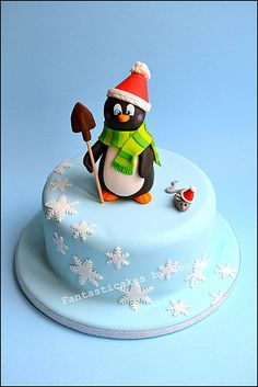 Too bad there isn't a lot of snow this year to get into the mood for this cake! Christmas Cake Designs, Christmas Cake Topper, Christmas Cake Decorations, Holiday Cakes, Christmas Desserts, Christmas Baking, Christmas Cakes, Cupcakes, Cupcake Cakes