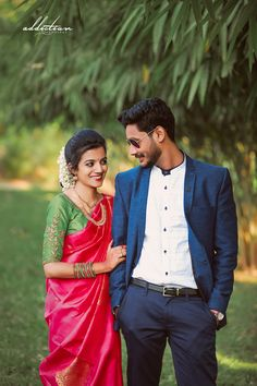 Best Ideas for south indian wedding photography photo shoots Indian Wedding Poses, Indian Wedding Couple Photography, Pre Wedding Poses, Bride Photography, Pre Wedding Photoshoot, Indian Bridal, Engagement Dress For Groom, Groom Wedding Dress, Bridal Pics