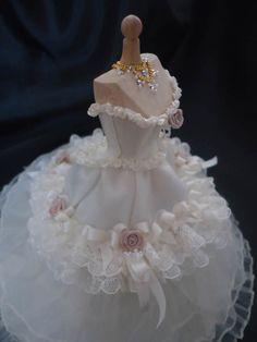 Beautiful Victorian weddinggown 1/12th door LittleDayDreamStore