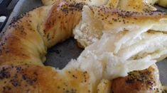 Αφράτα τυροκούλουρα - 46 Bagel, Food Processor Recipes, Food And Drink, Snacks, Cooking, Breads, Eat, Kitchen, Bread Rolls