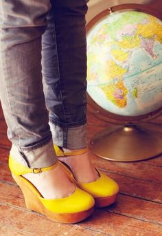 Yellow wedges,what cute shoes Yellow Shoes, Black Wedges, Cute Shoes, Me Too Shoes, Awesome Shoes, Vetements Clothing, Mellow Yellow, Bright Yellow, Wedges