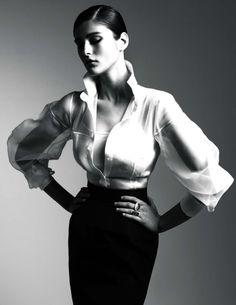 Gianfranco Ferre primavera/estate 2011  Classic combination of dark colored skirt and crisp white blouse! Love it.