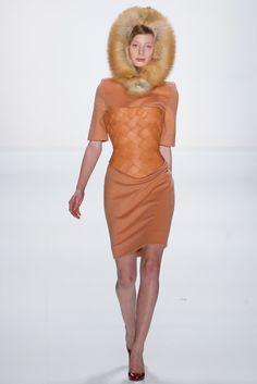 Marina Hoermanseder Berlin Fall 2015 Fashion Show