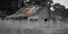old hut Cabin, House Styles, Photography, Home Decor, Photograph, Decoration Home, Room Decor, Cabins, Fotografie