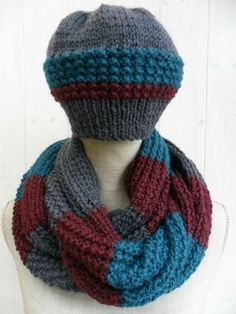 SAM_4890 Practical Gifts, How To Look Pretty, Retro Fashion, Knit Crochet, Knitting, Blog, Berets, Inspiration, Long Scarf