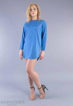 Na zdjęciu: - Błękitna sukienka/tunika z przeszyciami #barracudawear http://www.barracudawear.pl/basic/sukienka-z-przeszyciami/