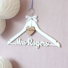 Personalised White Wedding Dress Hanger - The best wedding presents are always the ones that come from the heart, so capture the best qualities of the happy couple in your gift. Thoughtful and personalised presents for the newlyweds. Wedding Crafts, Wedding Favors, Our Wedding, Wedding Decorations, Bella Wedding, Wedding Souvenir, Wedding Ideas, Wedding Bride, Wedding Venues