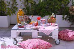 Mesas com #paletes  Veja mais aqui: http://maispaletes.com