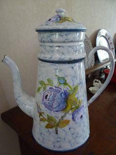 cafetière ancienne émaillée décoration fleurs