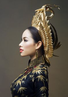 Vietnam's Miss Universe 2015 contestant reveals national costume designs — Vietnam Breaking News