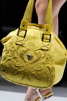 Versace Spring 2010 Ready-to-Wear - Details - Gallery - Style.com
