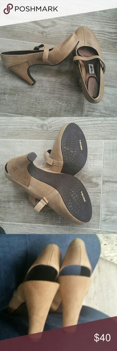 Tsubo leather heels Gorgeous leather camel colored pumps with suede heels.  Velcro strap.Size 7.  Excellent condition. tsubo Shoes Heels