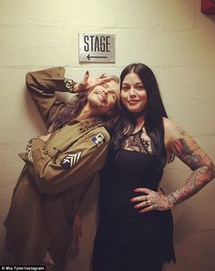 Daddy's girl: Mia was also with the former American Idol judge when he performed at Madison Square Garden's Theater on Saturday evening Steven Tyler Daughter, Mia Tyler, Liv Tyler 90s, American Idol Judges, Steven Tyler Aerosmith, Eccentric Style, Joe Perry, Daddys Girl, Music Bands