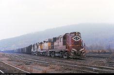 Net Photo: LV 7643 Lehigh Valley Alco at Duryea, Pennsylvania by miningcamper Lehigh Valley, Photo Search, Locomotive, Pennsylvania, Past, Michigan, Modeling, Heaven, Trains