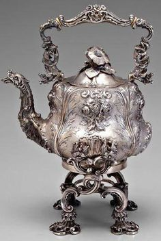 French Sterling hot water kettle c. 1819-1838