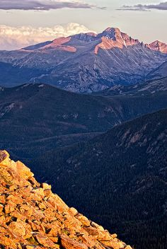 Trail Ridge Road Overlook -- Rocky Mountain National Park