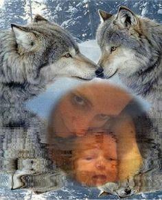wolf kissing in water glitter