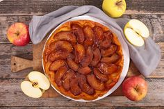 This free-form rustic apple tart is quicker and easier to make than an apple pie but every bit as delicious. Apple Tart Recipe, Apple Pie, Apple Tart Tatin, Easy Tart Recipes, Cooking Recipes, Delicious Desserts, Dessert Recipes, Yummy Food, Rustic Apple Tart