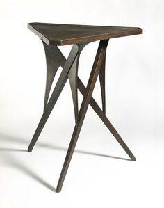 Table, Richard Riemerschmid (designer), Vereinigte Werkstätten für Kunst und Handwerk GMBH (manufacturer), 1899, V&A Museum