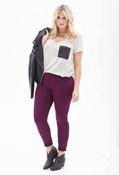 Plus Size Jeans and Denim Purple Skinny Jeans, Colored Skinny Jeans, Mid Rise Skinny Jeans, Curvy Fashion, Plus Size Fashion, Women's Fashion, New Outfits, Fashion Outfits, Chic Outfits