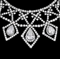 An impressive diamond necklace, by Cartier, circa 1955 The lattice bib of… Cartier Jewelry, Diamond Jewelry, Antique Jewelry, Vintage Jewelry, Cartier Necklace, Diamond Necklaces, Jewellery, Circle Pendant Necklace, Best Diamond
