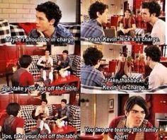 I MISS THIS SHOW Y'ALL SO MUCH THE STRUGGLE IS COMPLETELY REAL. These were the good ole disney channel days.
