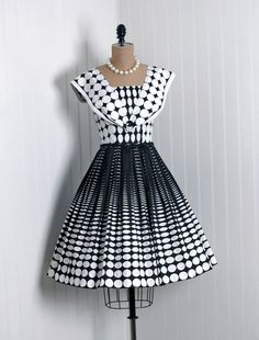 1950's Black and White Polka Dot Cotton Dress/   from those days when ladies' clothing looked classy and so put-together