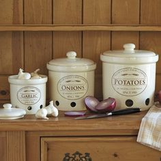 CHEFS Fresh Valley Canister Collection: Potato, Onion, & Garlic
