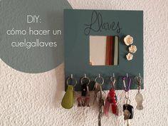 Cuelgallaves a partir de un sencillo espejo del ikea Ikea Mirror, Diy Mirror, Ideas Hogar, Diy Projects To Try, Decorating Tips, Home Organization, Diy And Crafts, Room Decor, Inspiration