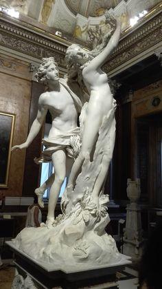 Apollo & Daphne - Gian Lorenzo Bernini, 1622-25, Marble statue is exposed in Galleria Borghese in Roma