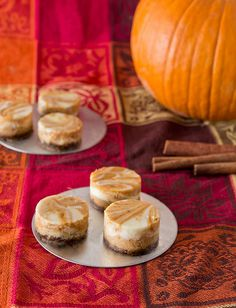 Mini Pumpkin Cheesecakes No need for 100 tiny springform pans!