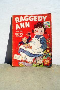 Raggedy Ann Book Vintage....