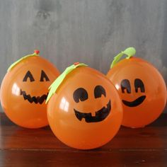 Make a Balloon Pumpkin Patch!