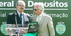 Mr AURÉLIO PEREIRA, awarded by a former President of Sporting CP, eng. Godinho Lopes