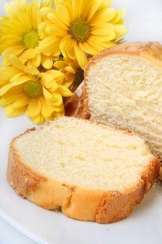Gluten Free Cream Cheese Pound Cake - http://glutenfreerecipebox.com/gluten-free-cream-cheese-pound-cake/ #glutenfree