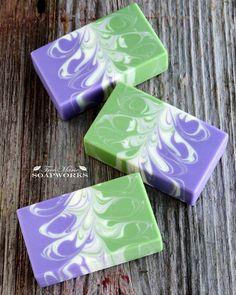 Sunny Herb Garden Soap with a fun swirl... #artisansoap #brambleon #coldprocesssoap #cpsoap #handmadesoap #soapmaking #soapshare #soapswirls #treemariesoapworks #savon #seife #soapart #肥皂 #石けん #ハンドメイドソープ #コールドプロセス
