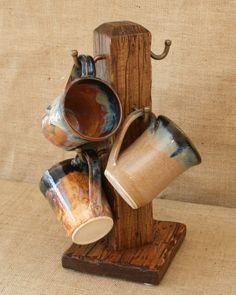 mug display Distressed To Impress! Rustic 6 Cup Coffee Mug Stand Woodworking Shop, Woodworking Plans, Woodworking Projects, Coffee Mug Holder, Coffee Mugs, Diy Wood Projects, Wood Crafts, Rustic Furniture, Diy Furniture