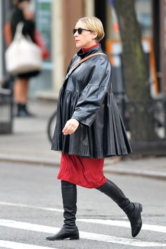 Chloë Sevigny has been serving up one notable look after another since announcing her pregnancy Punk Maternity, Maternity Fashion, Plaid Jacket, Leather Jacket, Chloe Sevigny, Tribeca Film Festival, Pregnancy Looks, Pregnancy Wardrobe, Lace Tights