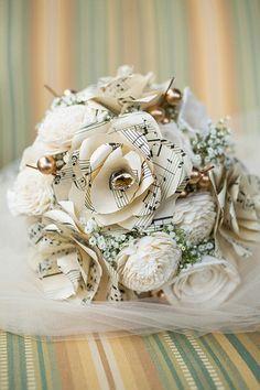 music paper flower bouquet @weddingchicks