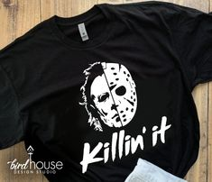 Diy Halloween Shirts, Halloween Vinyl, Vintage Halloween, Halloween Designs, Movie Shirts, Tee Shirts, Vinyl Shirts, Custom Shirts, Michael Myers Shirt
