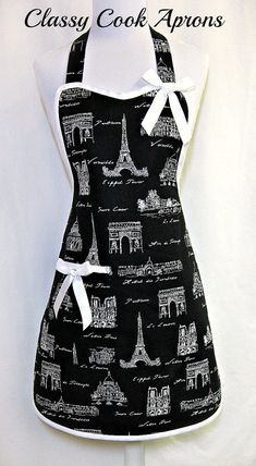 I need this apron😍 Sewing Hacks, Sewing Crafts, Sewing Projects, Aprons Vintage, Retro Apron, Vintage Linen, Unique Vintage, Cute Aprons, Sewing Aprons