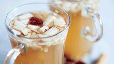 Krydret æblegløgg med mandler og tranebær - alkoholfri