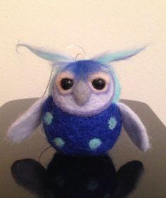 Blue,  owl, Handmade ornamental toys, needle felting, puppets, animals, craft, art, pets, teachers, wool, fruits, felt, toys, ornaments, decoration, unique gift
