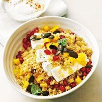 Couscous-Salat mit Granatapfel und Minze einfach, vegetarisch