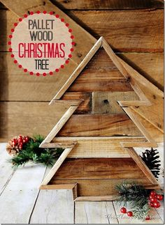 Make an pallet wood Christmas tree. Step-by-step instructions for creating a pallet wood Christmas tree. Use pallet wood to create this diy project. Pallet Wood Christmas Tree, Diy Christmas Tree, Christmas Projects, Christmas Tree Decorations, Holiday Crafts, Christmas Time, Pallet Tree, Christmas Trimmings, Christmas Ideas