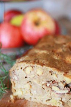 Il Pan di Mele Dolce Senza Glutine con Noci e Rosmarino