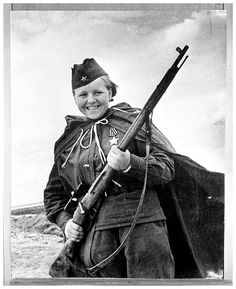 Female officer in the Russian Army WW2